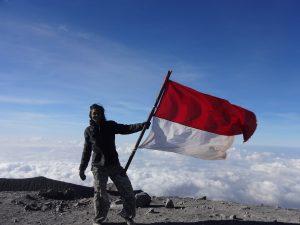 Puncak Gunung Semeru
