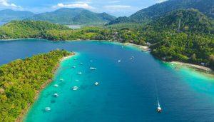 Pesona Keindahan Pantai Iboih Aceh (Sabang)