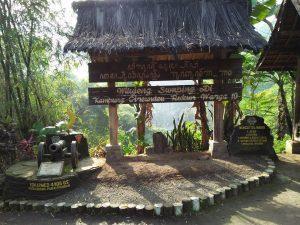 Wisata Budaya Kampung Adat Cireundeu Cimahi Jawa Barat