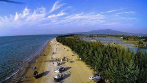Wisata Pantai Karang Jahe Rembang Jawa Tengah